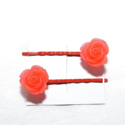 Pince à cheveux rose givrée rouge