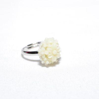 Bague enfant fleur bouquet blanc